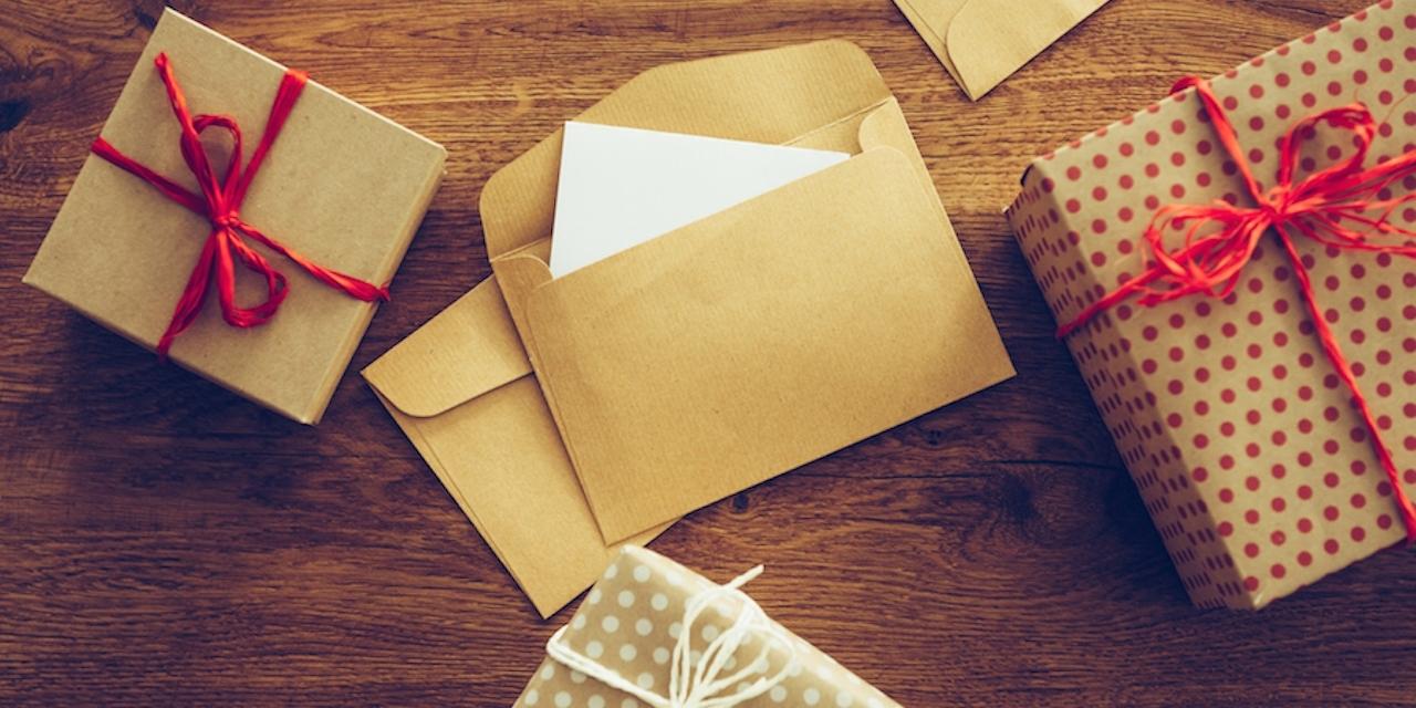 Как сделать конвертик для подарка