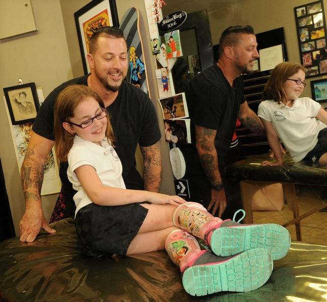 Girl With Cerebral Palsy Get Badass Leg Brace Art From A