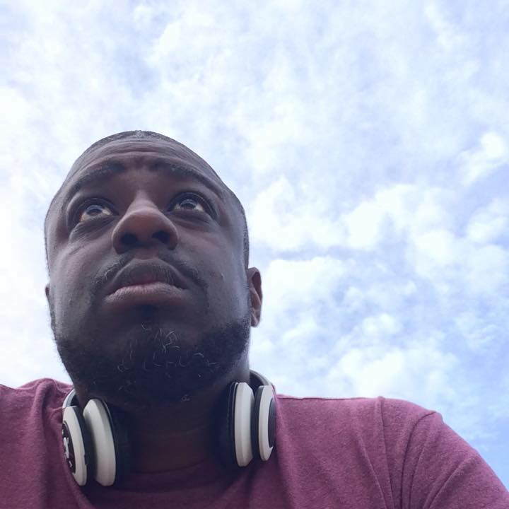 lamar looking up at the sky