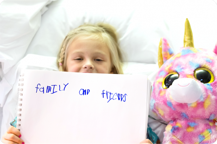 Taryn spent a week in the hospital getting treatment for a perforated appendix. She wanted to give thanks to her family and friends for filling her room with pick-me-ups, including sparkly the stuffed unicorn.