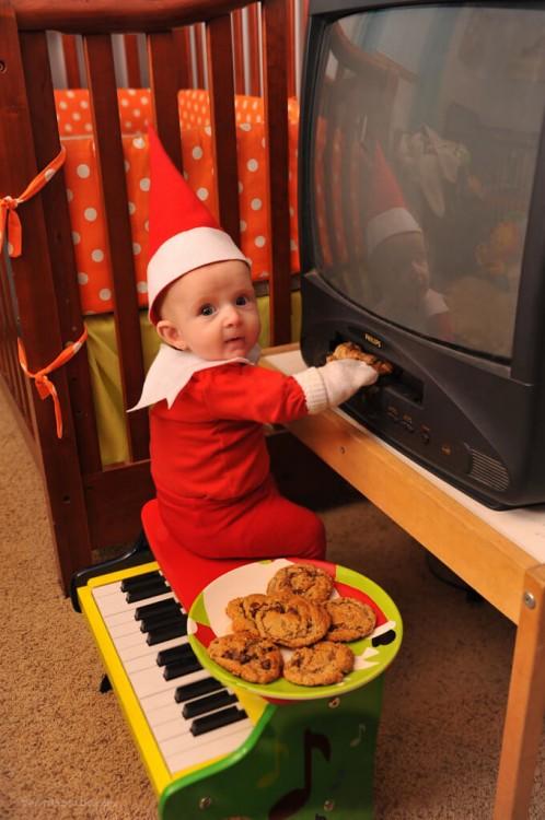 Elf-on-shelf-6-blog