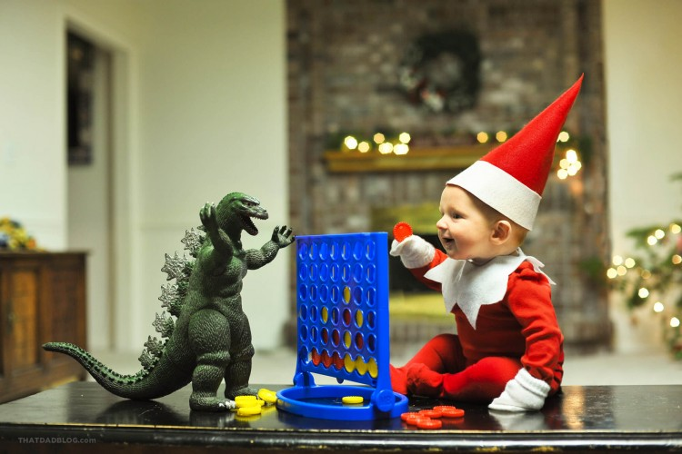 Elf-on-shelf-connect-four-3