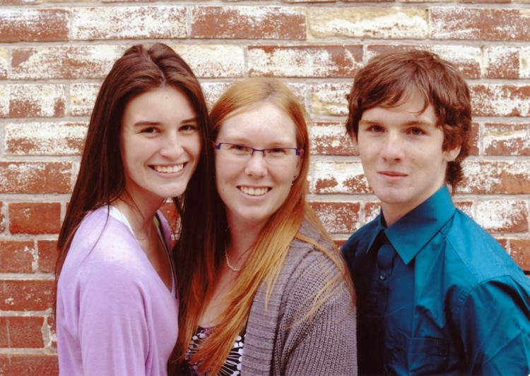 Shayne and his sisters.