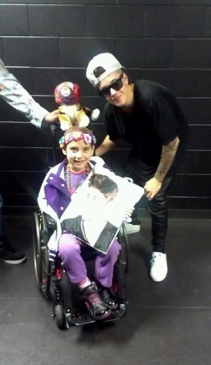 Roanne Barnes Hautapu's daughter, Quinn, with Justin Bieber.