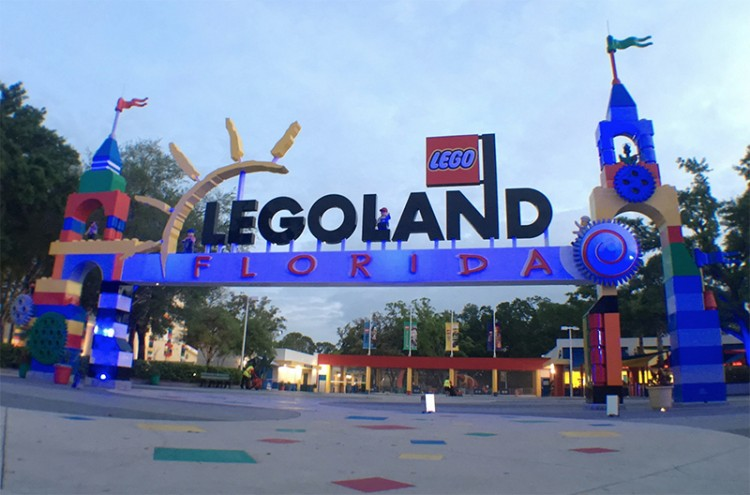 Legoland Florida lights up the entrance arch of their Winter Haven, Florida park blue for World Autism Awareness Day.
