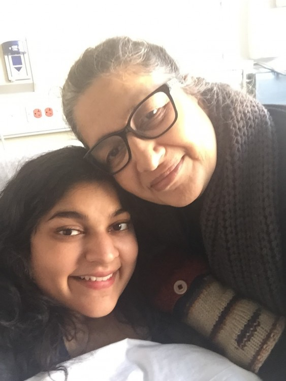 Ashanthi and her mother in the hospital.