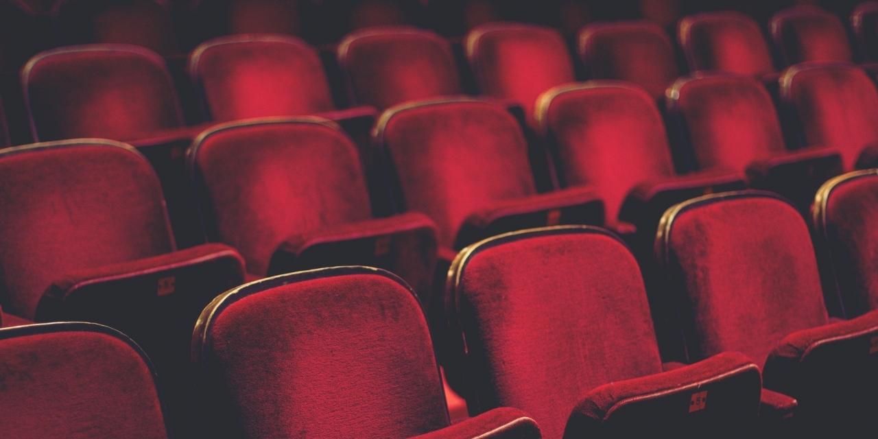 Making Theater Autism Friendly >> Movie Theaters Offer Sensory Friendly Screenings For Autistic People