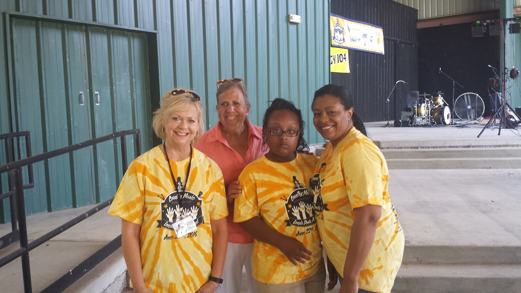tayler with her camp teachers
