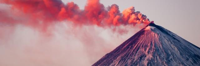 Eruption of the vulcano at Kamchatka