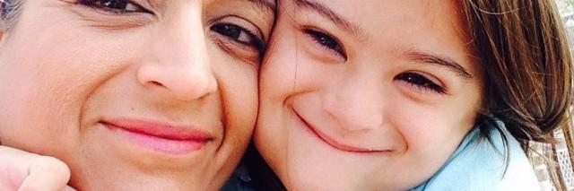 Kavita Vazirani-Helsel and her daughter, Ava