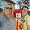 two women volunteering at RonaldbMcDonald House