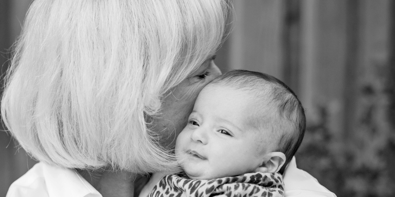 How Grandmas Can Support a New Mom With Postpartum Depression | The