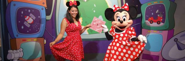 ginger levinson with minnie mouse at disney world