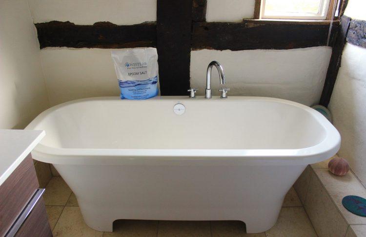 bathtub with epsom salts