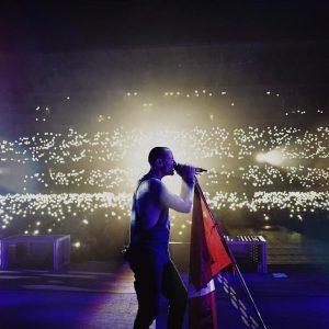 Chester Bennington on Stage