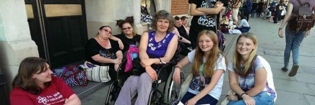 Belinda Bradley, Mom and friends
