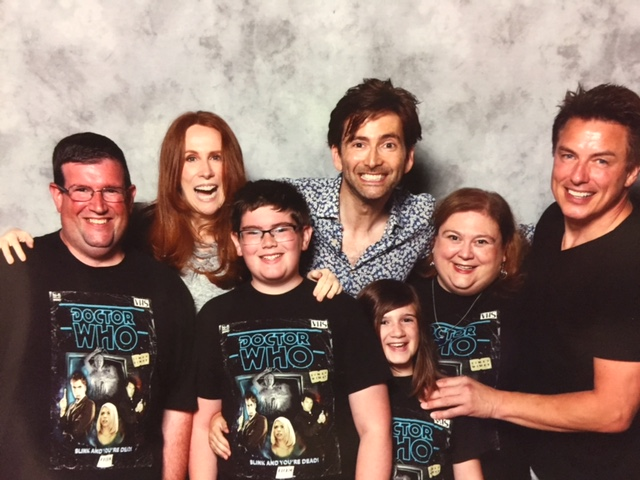 family with david tennant and cast of doctor who at comic-con