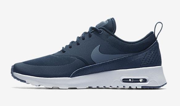 blue nike air max shoe