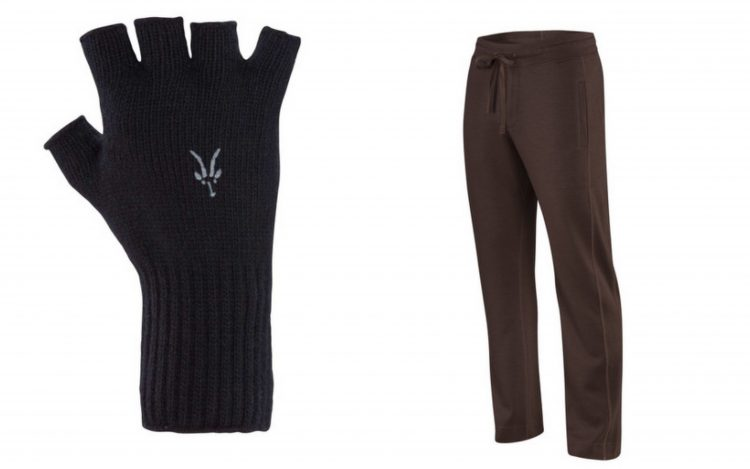 ibex black fingerless gloves and maroon men's sweatpants