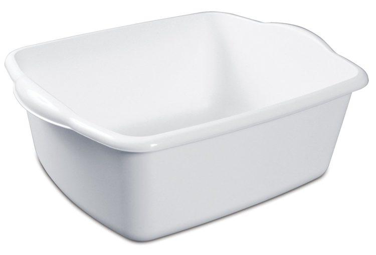 white plastic tub