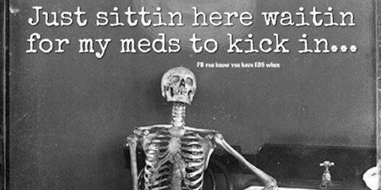 Pinterest :: Chocolatebeso 🌙♡   Waiting meme, Memes ...  Skeleton Laughing Meme