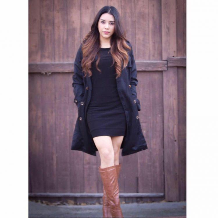Andrea Andrade fall fashion photo