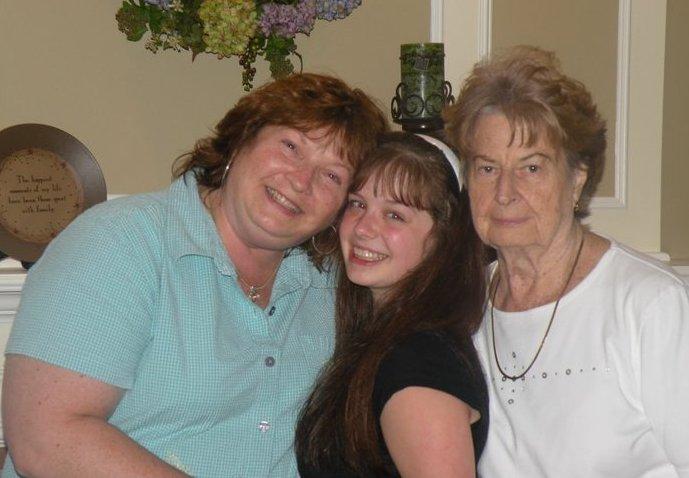 Cara Tompot three generations cancer survivors