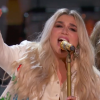 kesha singing praying at the grammys