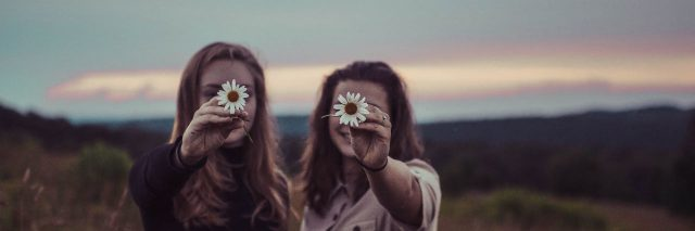 girls with flowers