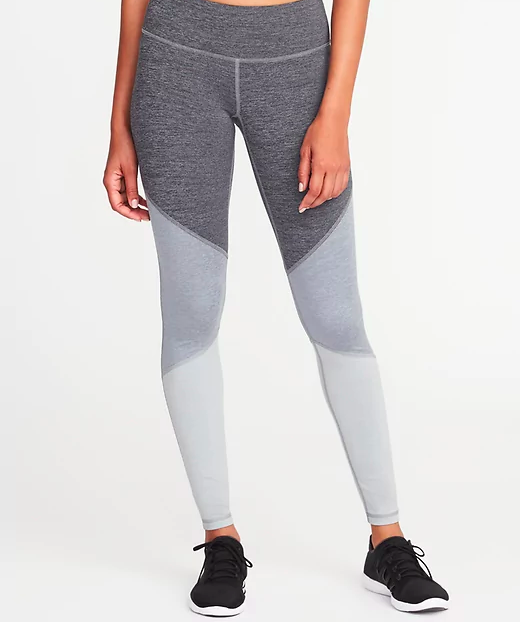 compression leggings with color block pattern in three shades of gray