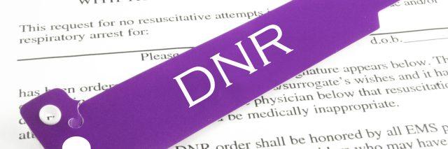 do not resuscitate form and DNR bracelet