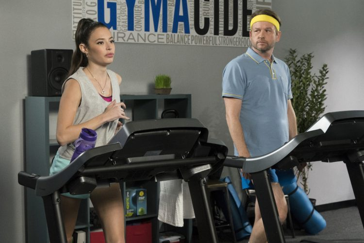 Insatiable Roxy and Bob Armstrong at the gym